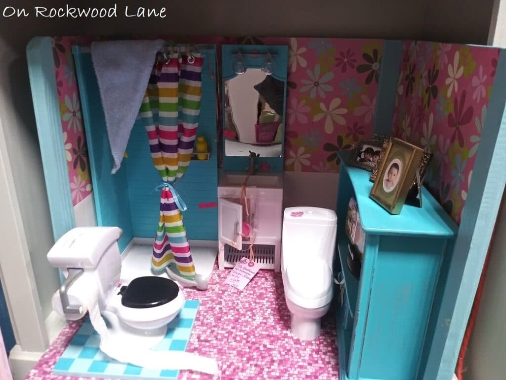 "pink and blue 18"" doll bathroom set"