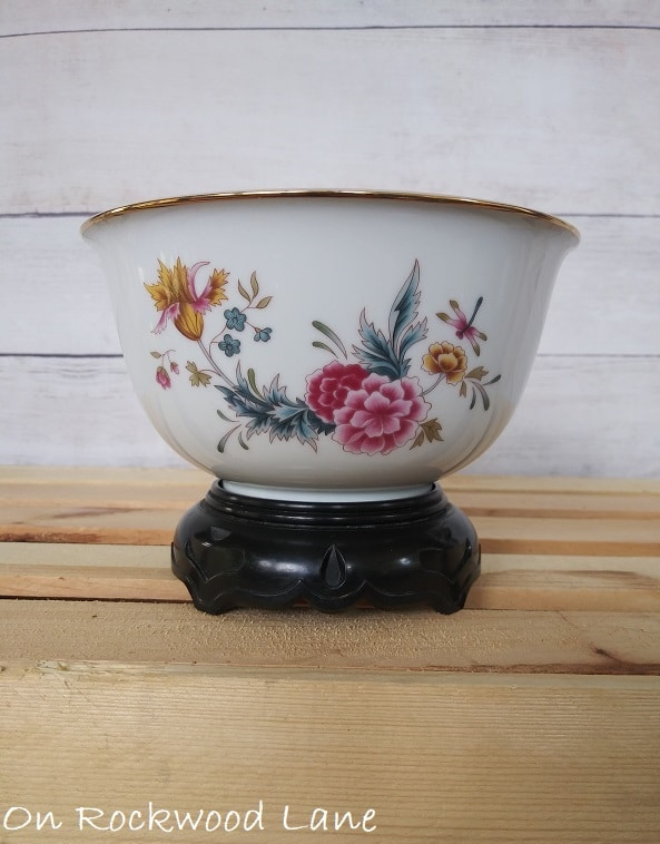 Floral Avon Independence Day 1981 Bowl with Stand