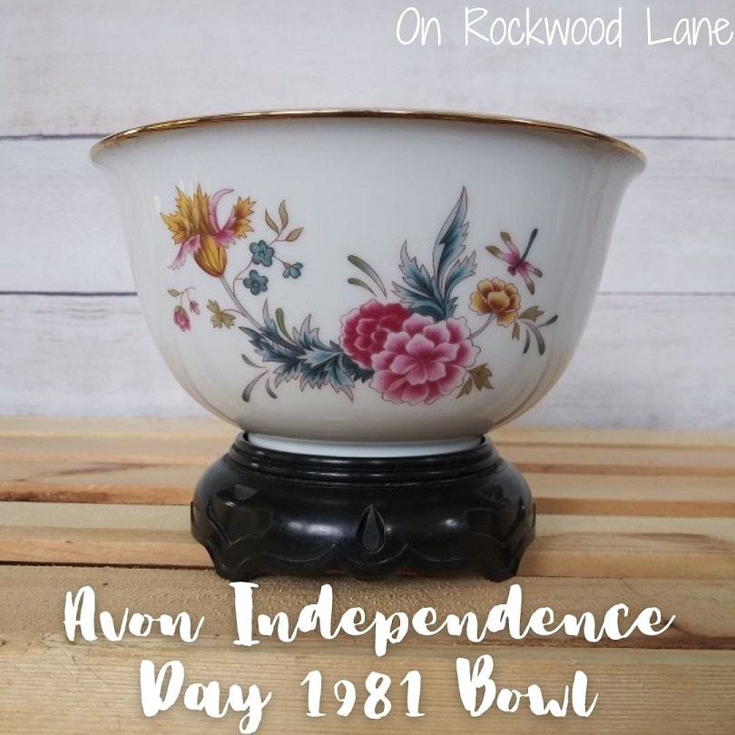 Avon Independence Day 1981 Bowl with Stand, On Rockwood Lane
